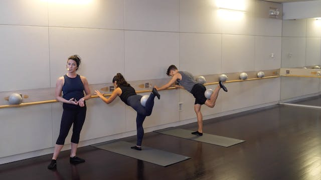 30-minute Advanced Barre with Sarah Ambrose