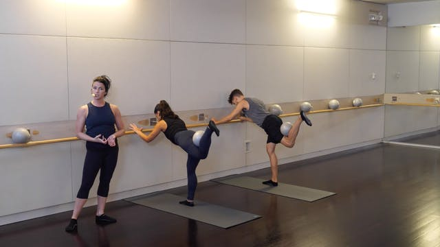 30-minute Advanced Barre with Sarah A...