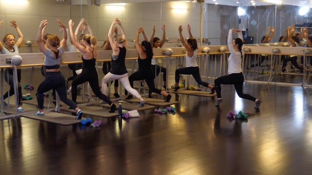 In-studio: Barre with Raphaelle Kesse...