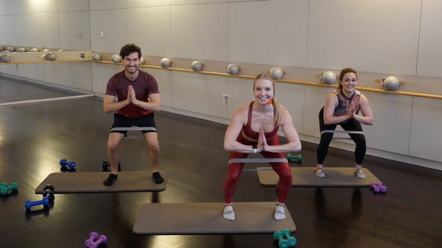 30-minute Barre(less) with Ellen Miha...
