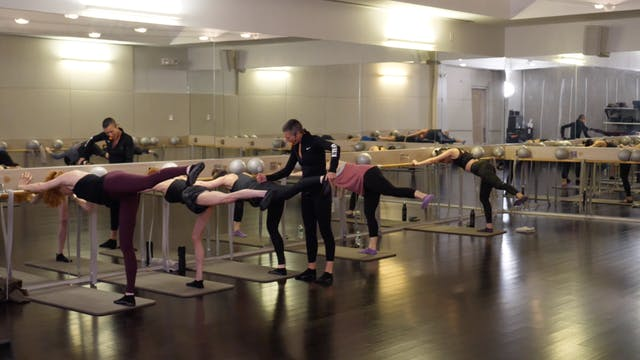 In-studio: Barre with Bergen Wheeler, 2.18.19