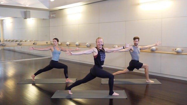 30-minute Power Yoga with Claudia Jasper