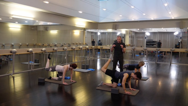 In-studio: Barre Thighs Glutes plus Deep Stretch, 5.8.19