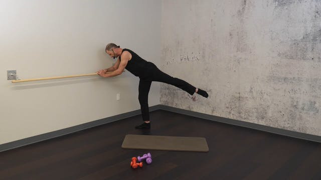 Barre Express 2 with Fred DeVito