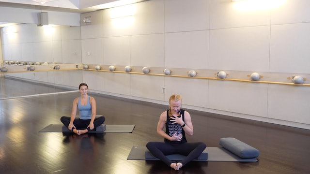 Pregnancy Modifications and Tips for Yoga