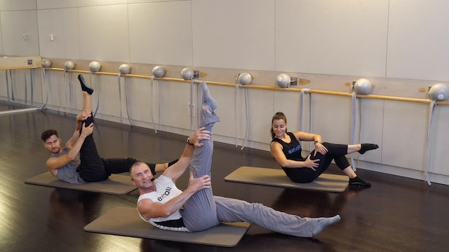 Barre Curl with Fred DeVito