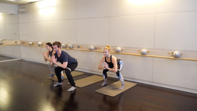 Barre Thighs and Glutes with Kevin Murnane