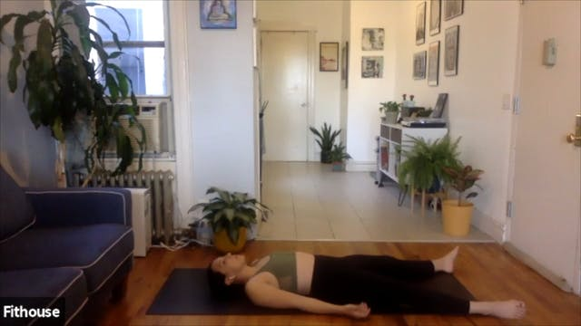 Live: Yoga Flow with Suki Clements