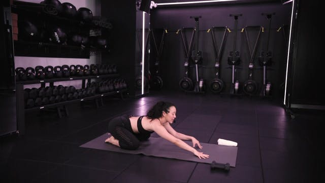 Yoga Sculpt [Core] with Saya Tomioka