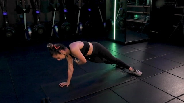 Sculpt [Upper Body & Core] with Stephanie Ottomanelli