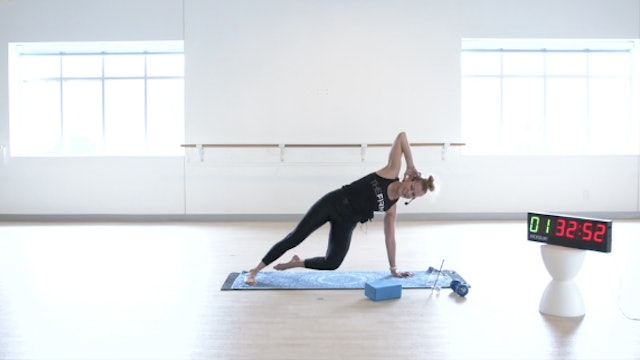 Tue 12/22 1:00 PM CST | Core & Stretch with Kiki