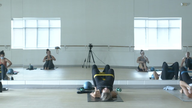 10/3 Barre with Carrie