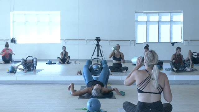 9/5 Barre with Carrie