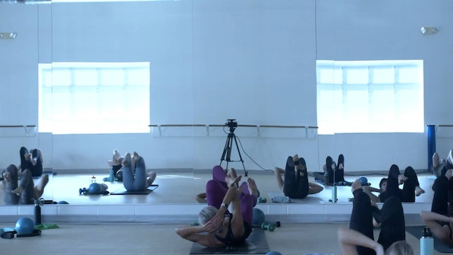 8/29 Barre with Carrie