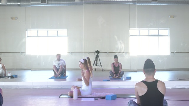 Kundalini Yoga Workout: Move your Physical Body so You can Raise your Frequency!
