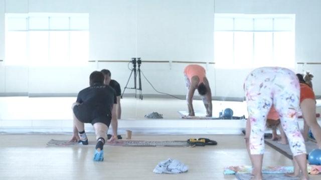 Thur 10/14 9:30 AM CST   Yoga Sculpt with Doug