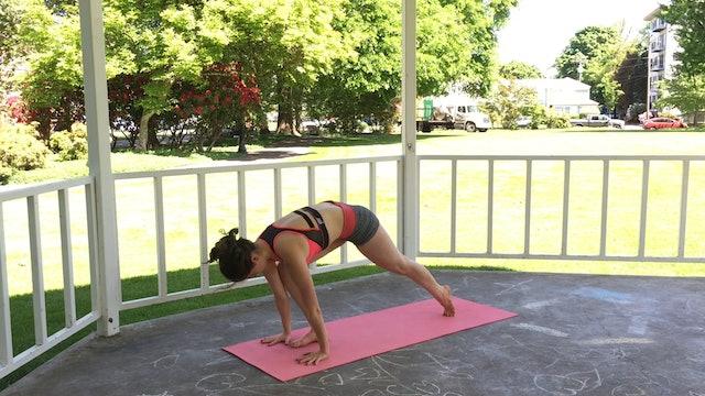 Full Body Yoga : Strengthening Intermediate Flow