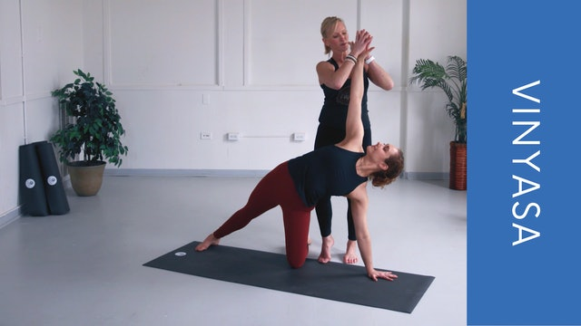 Vinyasa with Shannon B (31min)