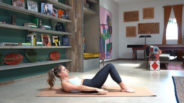Pilates for Beginners (No Props: 25 Min)