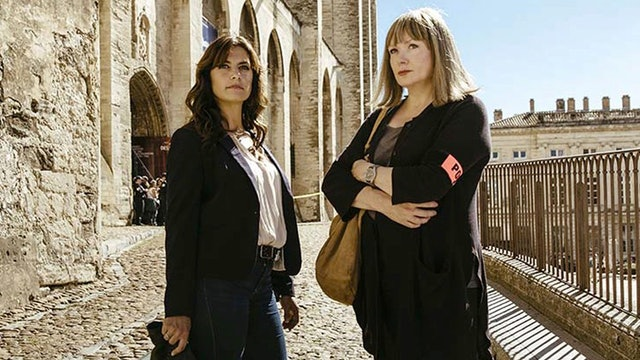 Murder In...: Avignon (Sn 2 Ep 1)