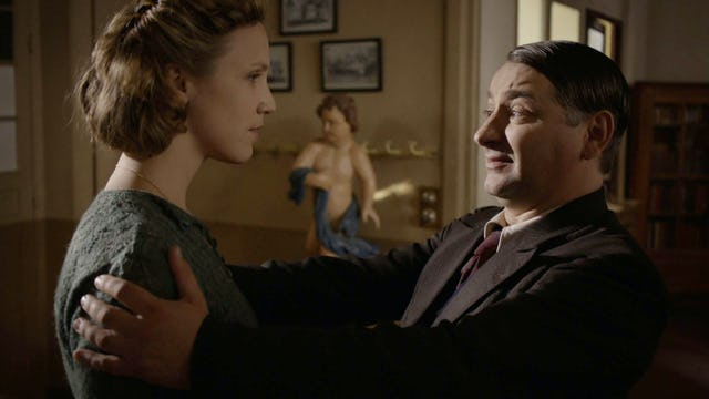 A French Village: One Chance Out of Two (October 26, 1941) (Sn 2 Ep 7)