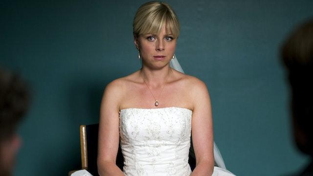 Lulu the Bankrobber's Wife: The Wedding (Sn 1 Ep 1)