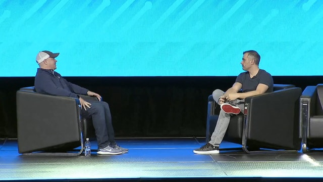 Transparency19: Keynote WavesSide Chat: Gary Vaynerchuk