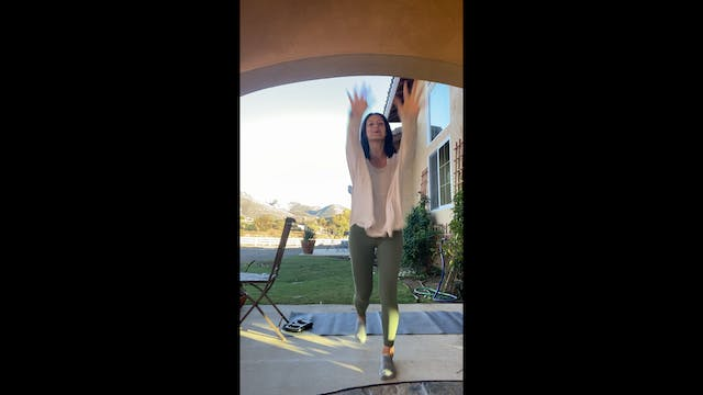 Barre25 with Stephanie (Glute + Upper Body focus)