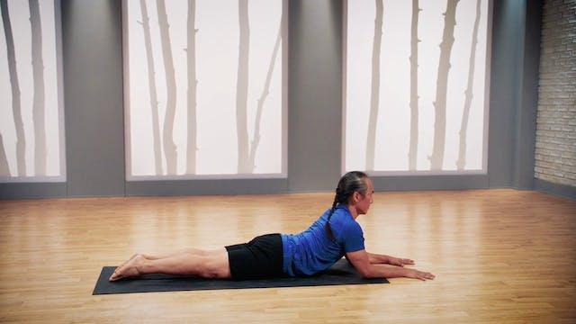 Rodney Yee Flexibility Yoga for Beginners: Extend Your Reach