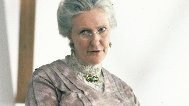 Patricia Hamilton behind the scenes of Season Two of Road To Avonlea