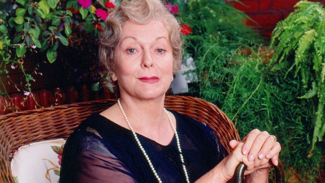 Actress Shirley Douglas Chooses Her Own Questions