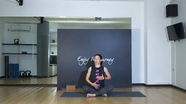 New to yoga με την Δήμητρα Σκούρα