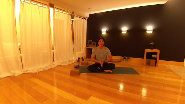 Yoga for strength and flexibility με ...