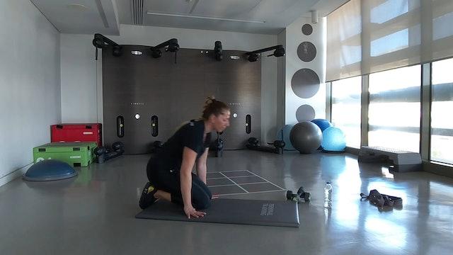 Body Weight Training με την Νικόλ Νικολέττου