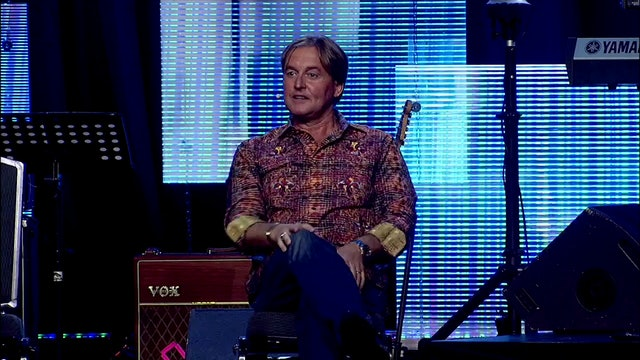 Three Chairs - Leif Hetland -  VOA 2015