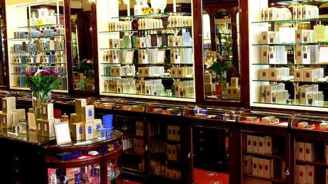 Bazaar London Heritage Shops