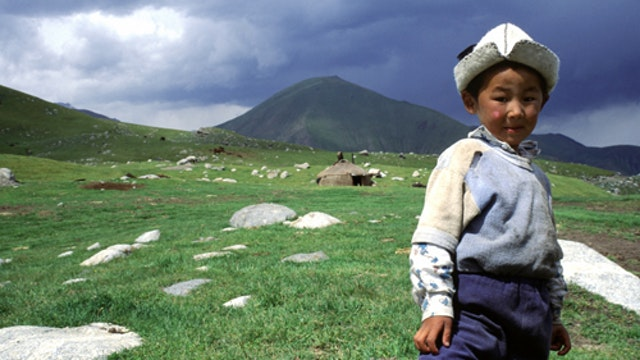 Globe Trekker - Around The World Episode 7: Silk Road Kashgar To Istanbul