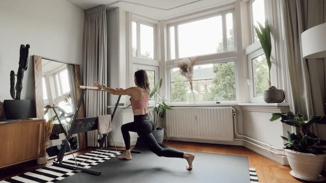 Ballet / Barre Fusion.  (30 minutes)