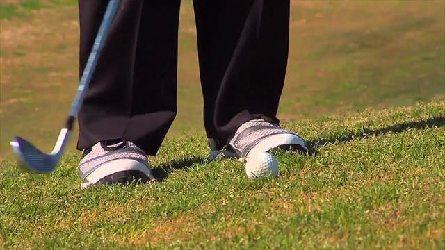 Brady Riggs: Chipping With an 8-Iron