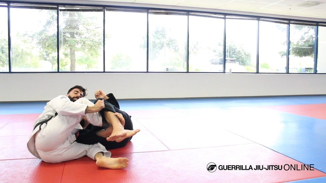 Long Step to Knee Cut Pass When Opponent traps Leg