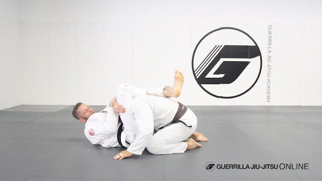 Triangle Choke Giants -  Hip Assist
