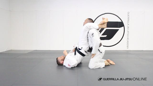 Triangle Choke Giants - Two Step Tria...