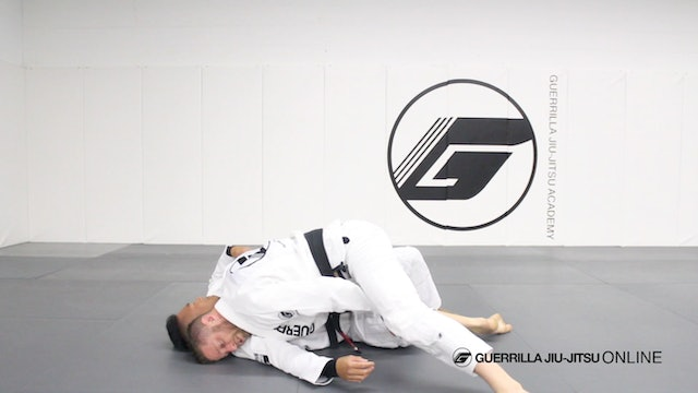Beginner's Essentials - Half Guard - Left Pass