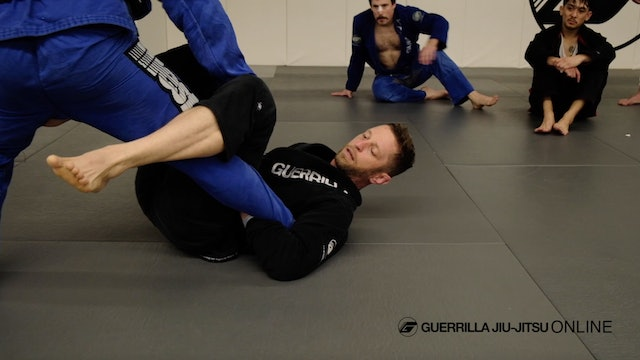 De la Riva Footlock Part 1 - Tripod Sweep to Ankle Lock