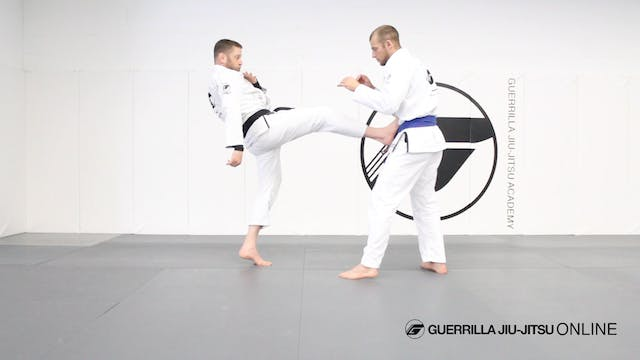 Keep Distance - Simple Leg Kicks and ...