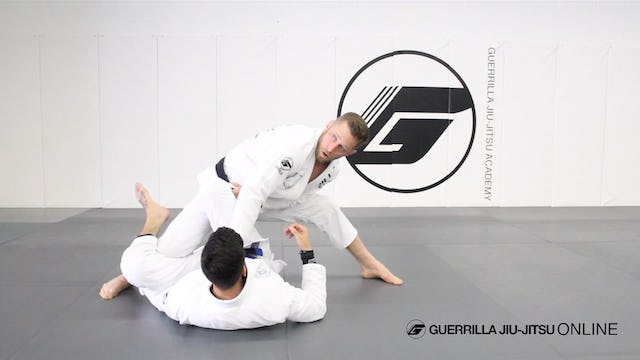Pass De la Riva Guard to Knee Split Magic Mount