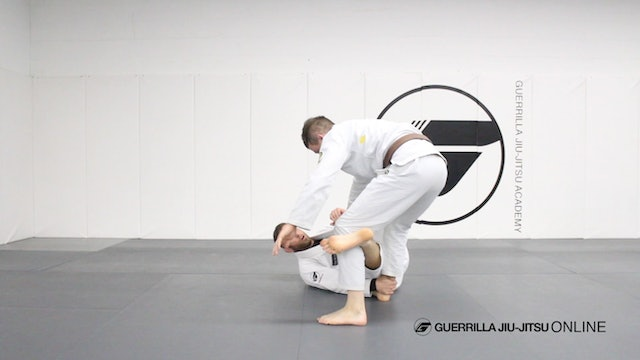 Reverse de la Riva Guard - Simple Sweeps Part 1 - Mid Range