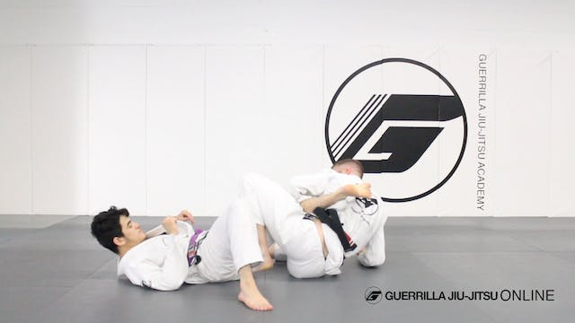 Bow and Arrow Choke Escape to Leg Drag