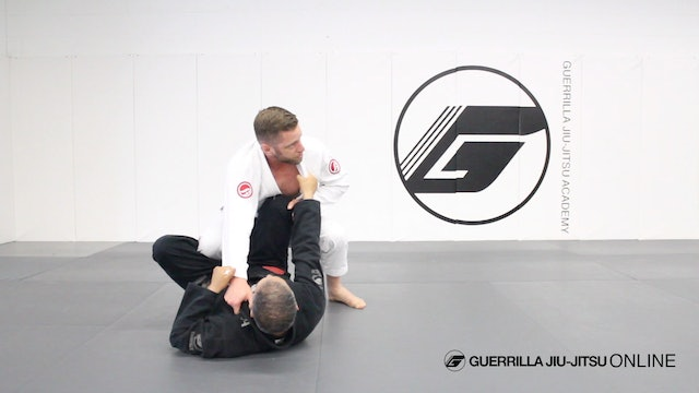 Pass De la Riva using the Knee Crossover to 3/4 Mount