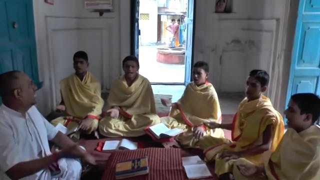 AtharvaVeda Class in Session at Param...